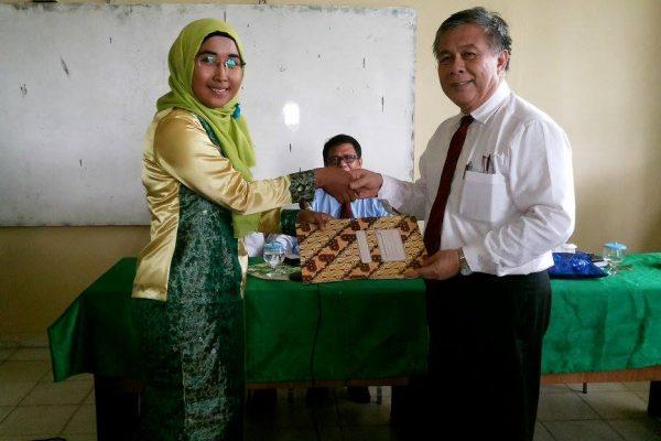 KUNJUNGAN – Guru Besar University Malaysia Kelantan Kunjungi FKIP UMRAH. Foto: Ist.