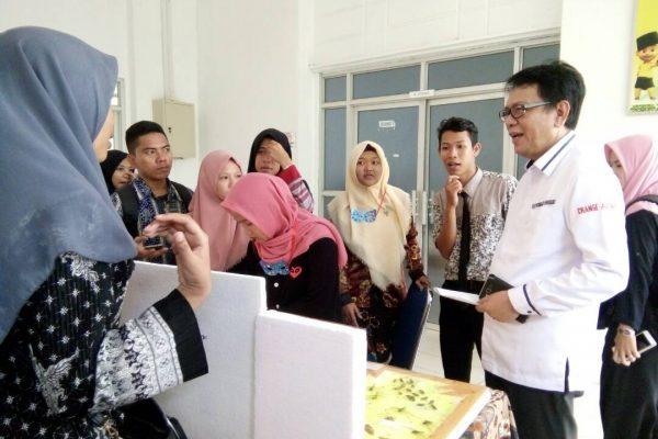 Pameran Media Pembelajaran Pendidikan Biologi